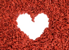 goji-berry-heart-2