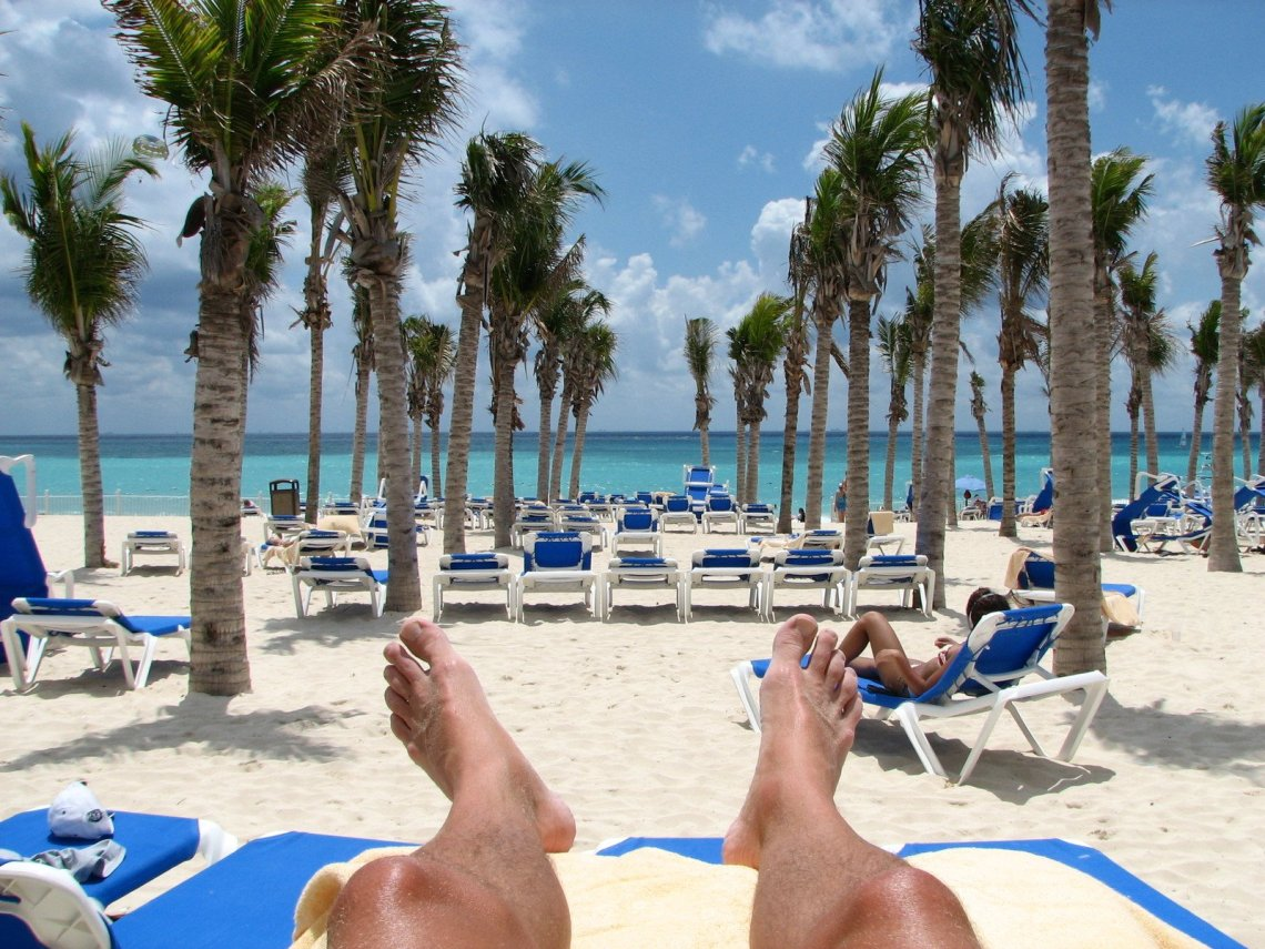 beach-feet-1314552